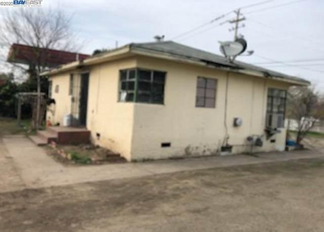 2040 W Yosemite Ave, Manteca, CA 95337 (#BE40897185) :: The Kulda Real Estate Group