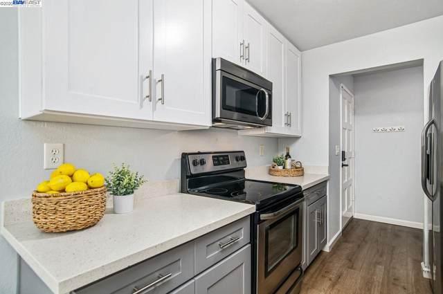 21062 Gary Dr 203, Hayward, CA 94546 (#BE40920779) :: Real Estate Experts