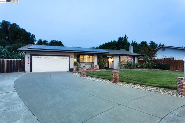 1908 Mars Rd, Livermore, CA 94550 (#BE40920574) :: The Realty Society