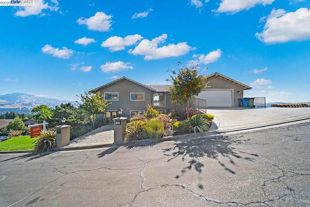 141 Peaceful Ln, Lafayette, CA 94549 (#BE40922944) :: Strock Real Estate