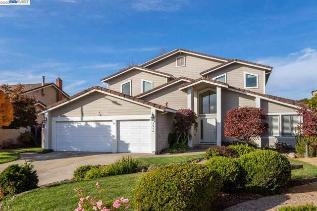 5714 Thousand Oaks Dr, Castro Valley, CA 94552 (#BE40929778) :: Robert Balina | Synergize Realty