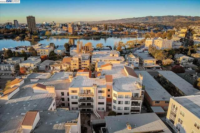 322 Hanover Ave 402, Oakland, CA 94606 (#BE40931586) :: Schneider Estates