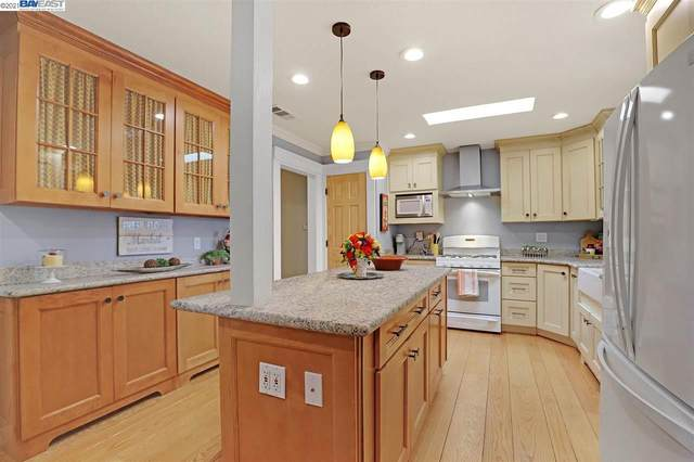 1083 Batavia Ave, Livermore, CA 94550 (#BE40952224) :: The Kulda Real Estate Group