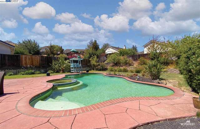 2322 Fieldgate Dr, Pittsburg, CA 94565 (#BE40959527) :: The Gilmartin Group