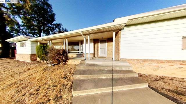19312 Center St, Castro Valley, CA 94546 (#BE40960876) :: The Sean Cooper Real Estate Group