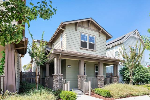 390 C Street, Hayward, CA 94541 (#BE40963359) :: The Kulda Real Estate Group