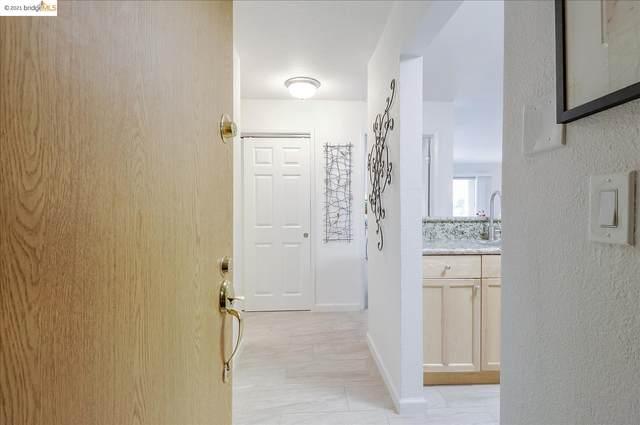 466 Crescent St 108, Oakland, CA 94610 (#EB40965937) :: Schneider Estates