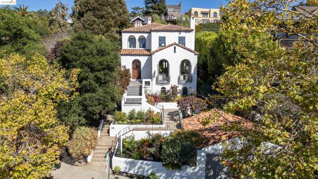 39 Domingo Ave, Berkeley, CA 94705 (#EB40968979) :: The Sean Cooper Real Estate Group