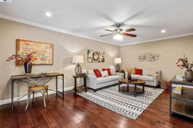 Harrison St 207, Oakland, CA 94611 (#BE40969545) :: The Kulda Real Estate Group