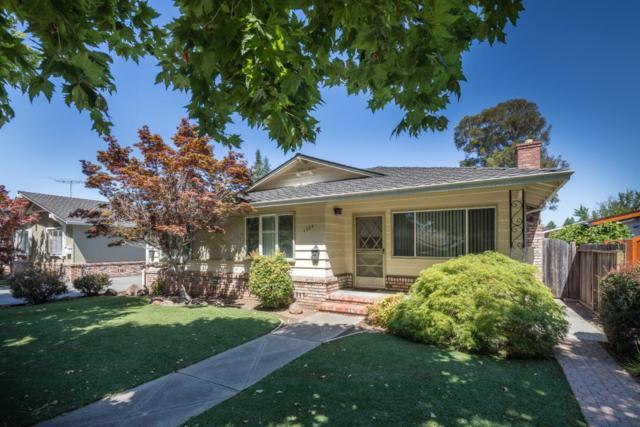 1504 Roosevelt Ave, Redwood City, CA 94061 (#ML81711380) :: Brett Jennings Real Estate Experts