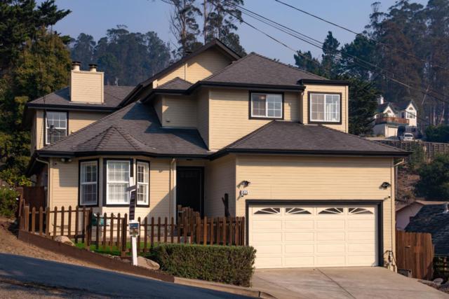 1035 Columbus St, El Granada, CA 94018 (#ML81715754) :: The Kulda Real Estate Group