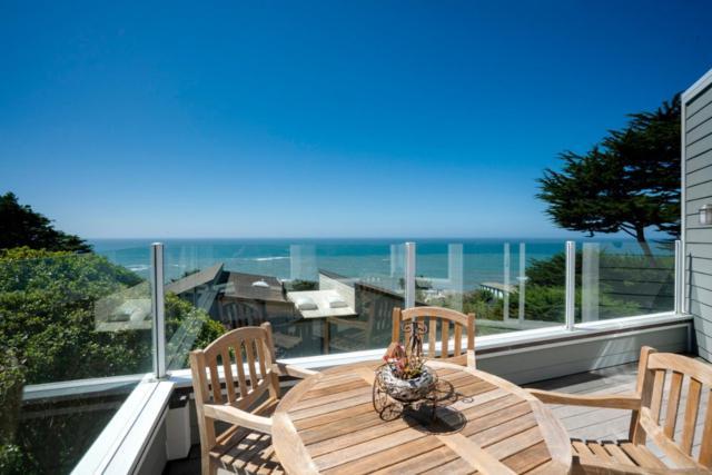 534 Stetson St, Moss Beach, CA 94038 (#ML81723148) :: The Kulda Real Estate Group