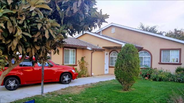 377 Ventana Ave, Greenfield, CA 93927 (#ML81726172) :: Julie Davis Sells Homes