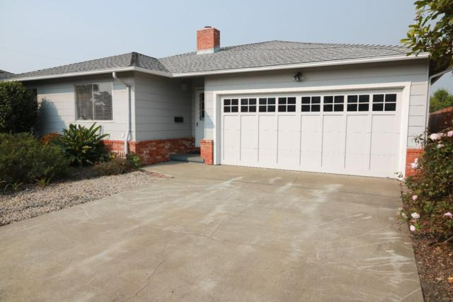 517 Poplar St, Half Moon Bay, CA 94019 (#ML81730998) :: The Gilmartin Group