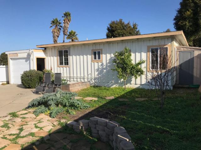1625 Flores St, Seaside, CA 93955 (#ML81735112) :: The Kulda Real Estate Group