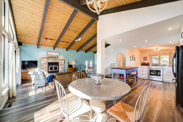 615 Kelmore St, Moss Beach, CA 94038 (#ML81748069) :: Strock Real Estate