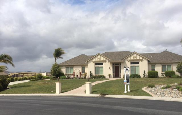 956 Calle Cruz, San Juan Bautista, CA 95045 (#ML81751208) :: The Realty Society