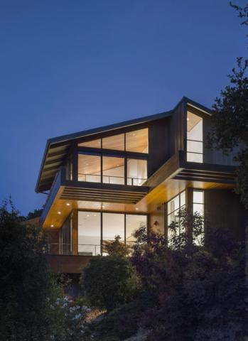 70 Rowan Tree Ln, Hillsborough, CA 94010 (#ML81752758) :: The Gilmartin Group