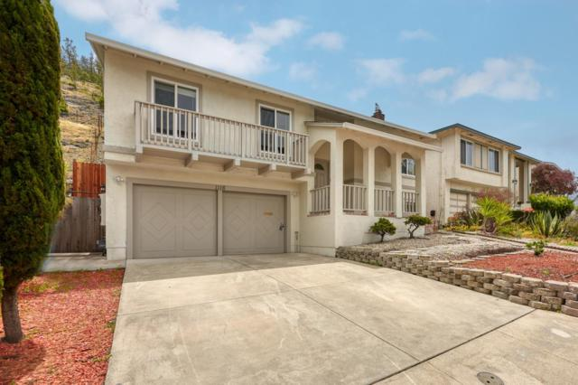 1116 Glacier Ave, Pacifica, CA 94044 (#ML81755406) :: The Kulda Real Estate Group
