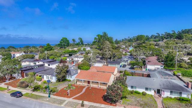 1017 Forest Ave, Pacific Grove, CA 93950 (#ML81764567) :: The Goss Real Estate Group, Keller Williams Bay Area Estates
