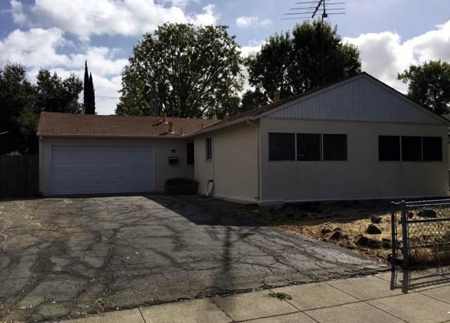 2753 Ohio Ave, Redwood City, CA 94061 (#ML81772971) :: Strock Real Estate