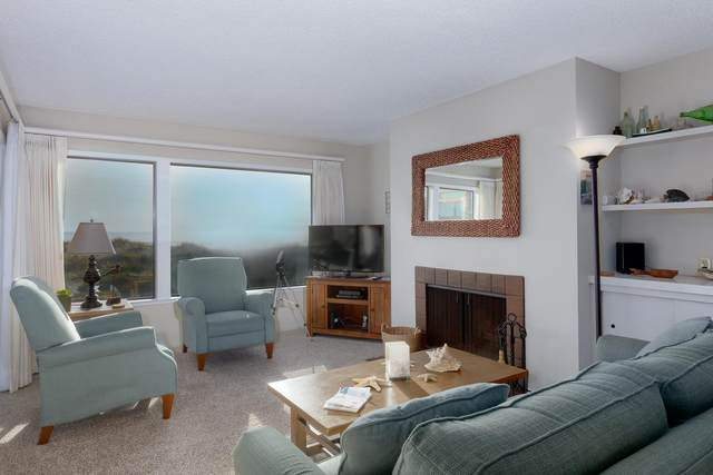 101 Shell Dr 220, La Selva Beach, CA 95076 (#ML81777465) :: Schneider Estates