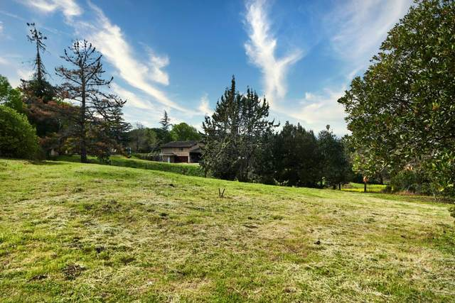 13051 La Paloma Rd, Los Altos Hills, CA 94022 (#ML81785470) :: The Kulda Real Estate Group