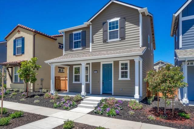 21618 Ord Ave, Marina, CA 93933 (#ML81796536) :: Strock Real Estate
