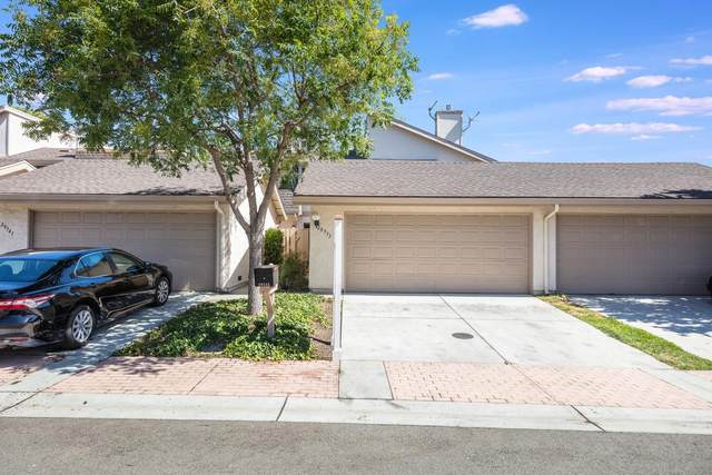 20533 Shady Oak Ln, Cupertino, CA 95014 (#ML81797911) :: The Sean Cooper Real Estate Group