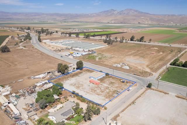 701 El Camino Real, Greenfield, CA 93927 (#ML81805512) :: The Realty Society
