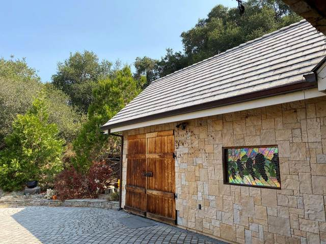 11709 Camino Escondido Rd, Carmel Valley, CA 93924 (#ML81810304) :: Alex Brant