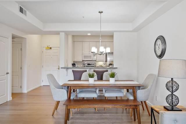1951 O'farrell St 210, San Mateo, CA 94403 (#ML81810855) :: The Sean Cooper Real Estate Group