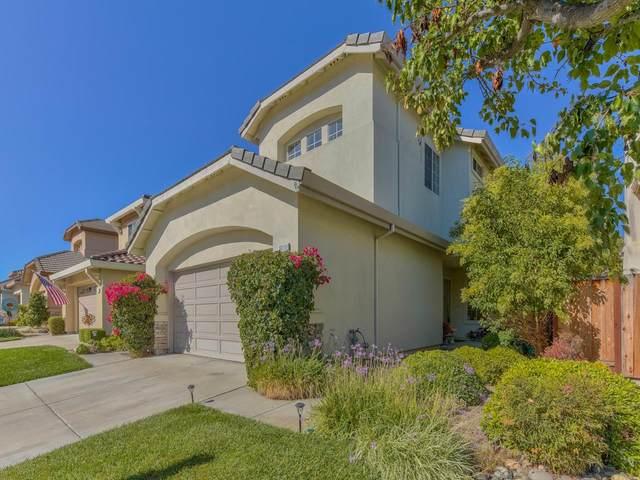 18111 Stonehaven, Salinas, CA 93908 (#ML81811969) :: Alex Brant
