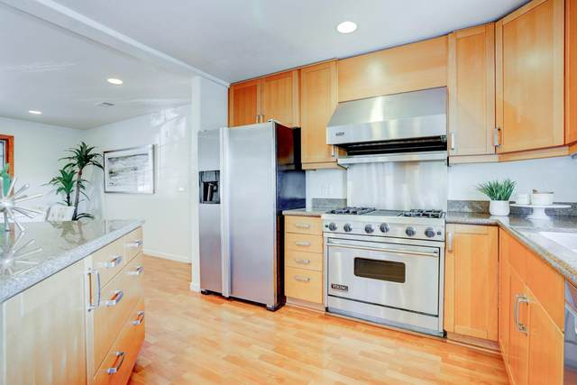 895 Clearfield Dr, Millbrae, CA 94030 (#ML81816824) :: The Gilmartin Group