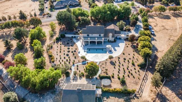 5625 Diablo Hills Rd, Tres Pinos, CA 95075 (#ML81819528) :: The Realty Society