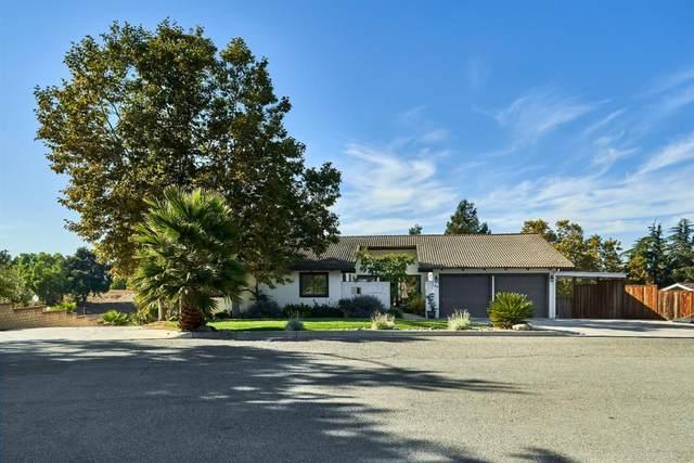 40 Beverly Dr, Hollister, CA 95023 (#ML81821756) :: The Kulda Real Estate Group