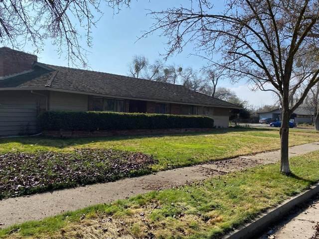 1325 E Blossom St, Dos Palos, CA 93620 (#ML81825021) :: The Sean Cooper Real Estate Group