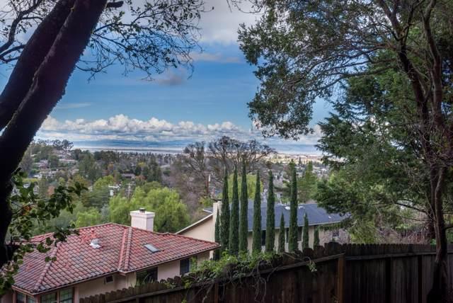 839 Vista Dr, Redwood City, CA 94062 (#ML81827851) :: Robert Balina | Synergize Realty