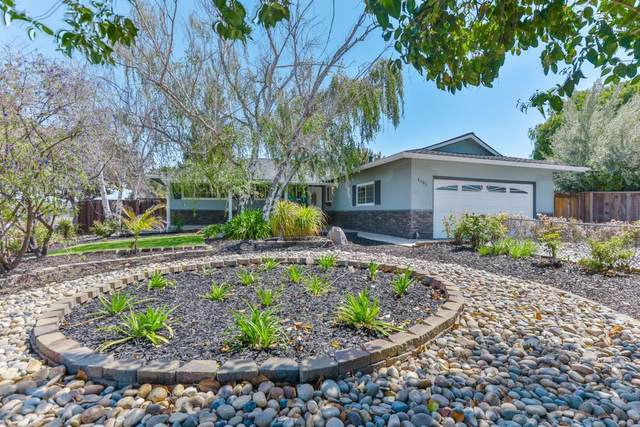 1101 Lochinvar Ave, Sunnyvale, CA 94087 (#ML81832599) :: The Kulda Real Estate Group