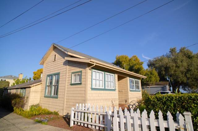 106 Saxon Ave, Capitola, CA 95010 (#ML81838160) :: Strock Real Estate