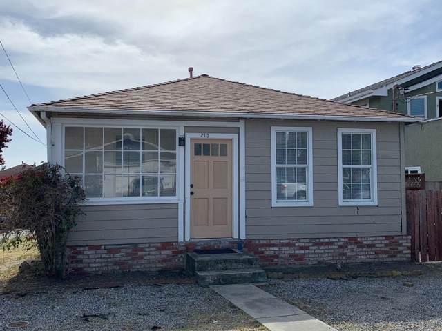 215 Sonora Ave, El Granada, CA 94018 (#ML81838468) :: Intero Real Estate