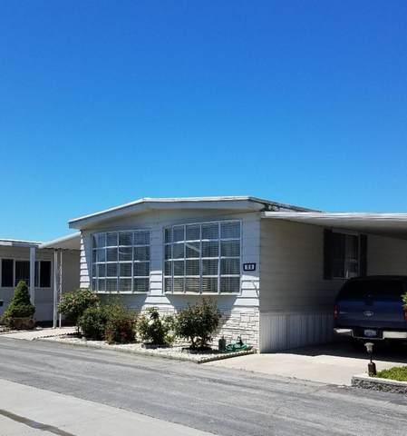 150 Kern St 85, Salinas, CA 93905 (#ML81840827) :: Schneider Estates