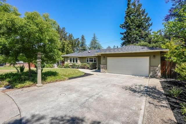 368 Fontainbleau Ter, Los Altos, CA 94022 (#ML81842803) :: Real Estate Experts