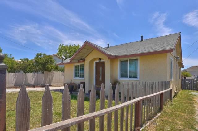 404 Hyland Dr, Salinas, CA 93907 (#ML81845436) :: Schneider Estates