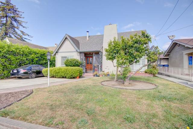 705 E Lake Ave, Watsonville, CA 95076 (#ML81847974) :: Alex Brant