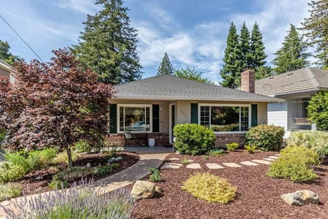 20426 Williams Ave, Saratoga, CA 95070 (MLS #ML81848973) :: Compass