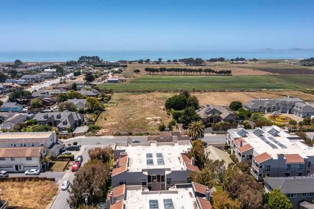 449 Pine Ave, Half Moon Bay, CA 94019 (#ML81849828) :: Schneider Estates