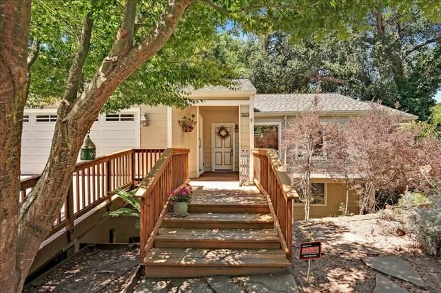 369 Lee St, Santa Cruz, CA 95060 (#ML81856295) :: The Gilmartin Group