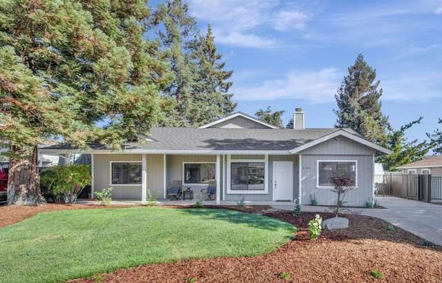 21181 Hazelbrook Dr, Cupertino, CA 95014 (#ML81862759) :: The Sean Cooper Real Estate Group