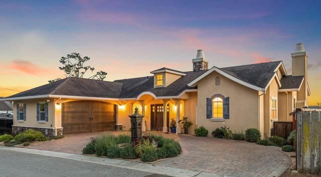 225 Navarra Ave, El Granada, CA 94018 (#ML81866091) :: The Kulda Real Estate Group